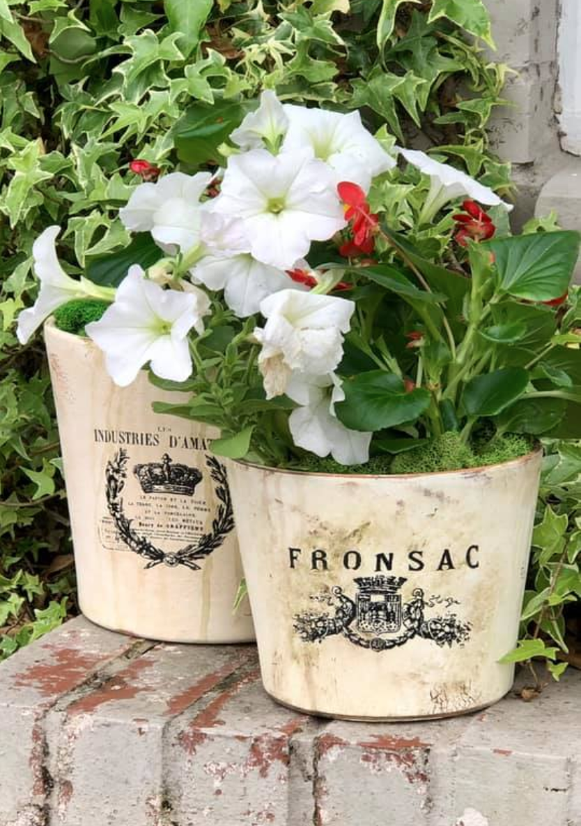 how to make new flower pots look old with rub on transfers